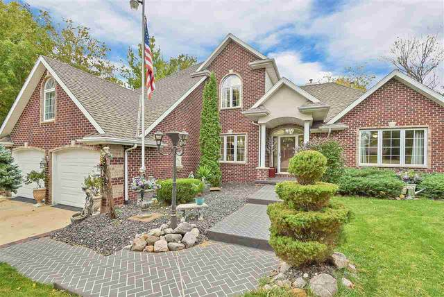 1216 Alpine Drive, Green Bay, WI 54311 (#50230600) :: Ben Bartolazzi Real Estate Inc