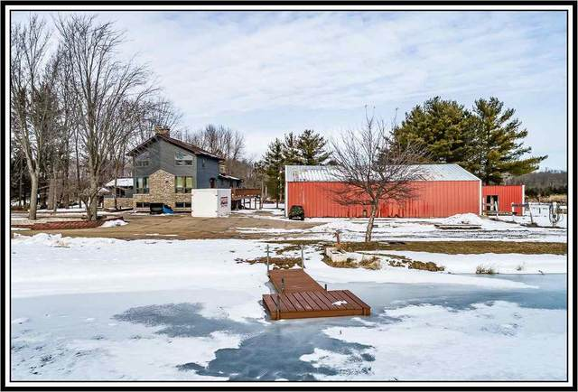 E7402 Doud Road, New London, WI 54961 (#50230949) :: Town & Country Real Estate