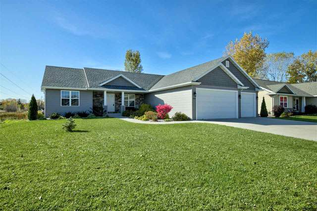 1304 Buttonbush Way, Neenah, WI 54956 (#50231092) :: Todd Wiese Homeselling System, Inc.