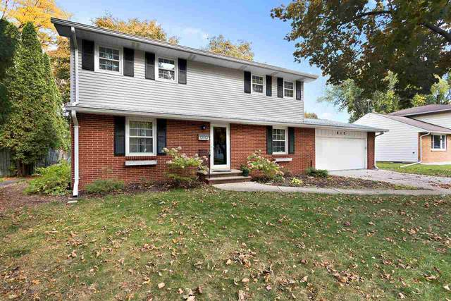 815 Virginia Drive, De Pere, WI 54115 (#50231164) :: Todd Wiese Homeselling System, Inc.