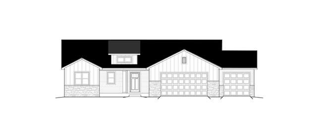2000 Morningstar Lane, Oshkosh, WI 54904 (#50231502) :: Ben Bartolazzi Real Estate Inc