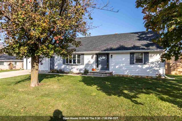 2749 Finger Road, Green Bay, WI 54302 (#50231703) :: Todd Wiese Homeselling System, Inc.