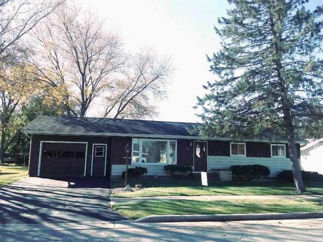 209 Howard Street, Waupun, WI 53963 (#50231752) :: Ben Bartolazzi Real Estate Inc