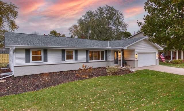 2026 N Douglas Street, Appleton, WI 54914 (#50231807) :: Ben Bartolazzi Real Estate Inc