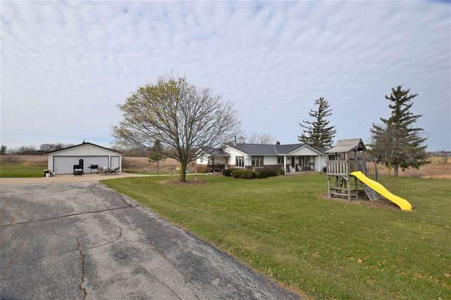 5324 Dickinson Road, De Pere, WI 54115 (#50232074) :: Dallaire Realty