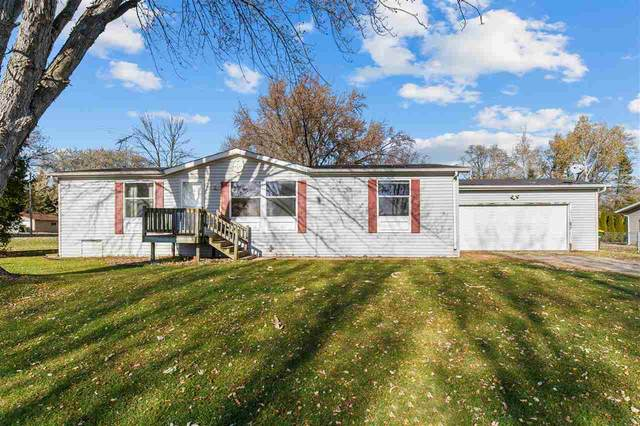 3342 Doyle Lane, Oshkosh, WI 54902 (#50232147) :: Ben Bartolazzi Real Estate Inc