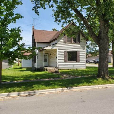 822 S Franklin Street, Shawano, WI 54166 (#50232396) :: Ben Bartolazzi Real Estate Inc