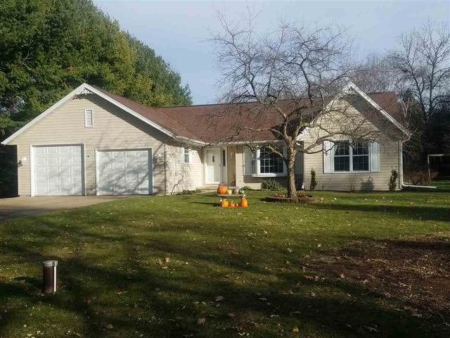 1902 Starlight Drive, New London, WI 54961 (#50232724) :: Town & Country Real Estate