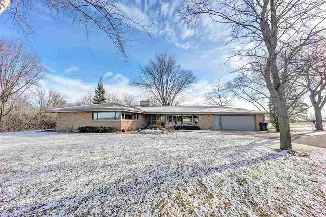 N2452 Hwy N, Appleton, WI 54913 (#50232729) :: Town & Country Real Estate