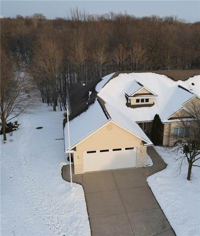 325 Hidden Ridges Court, Combined Locks, WI 54113 (#50232971) :: Dallaire Realty