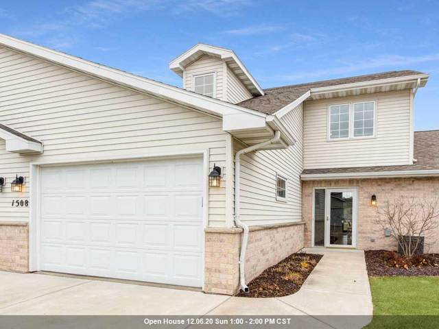 1508 River Pines Drive, Green Bay, WI 54311 (#50233053) :: Todd Wiese Homeselling System, Inc.