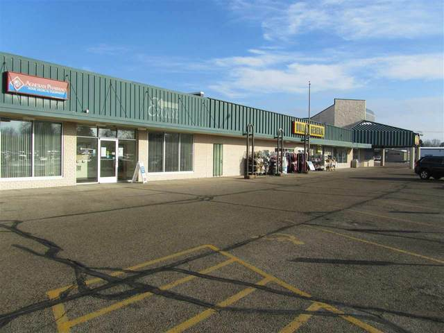 906 W Main Street, Waupun, WI 53963 (#50233141) :: Town & Country Real Estate