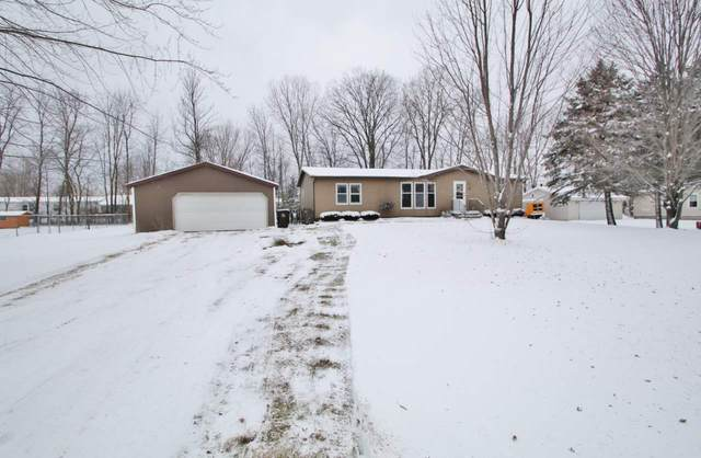 1242 Melissa Boulevard, Little Suamico, WI 54141 (#50233774) :: Dallaire Realty
