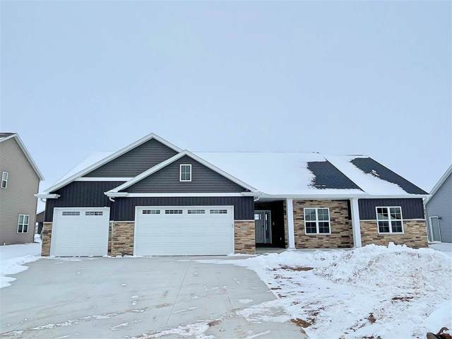 2034 Big Bend Drive, Neenah, WI 54956 (#50233932) :: Dallaire Realty