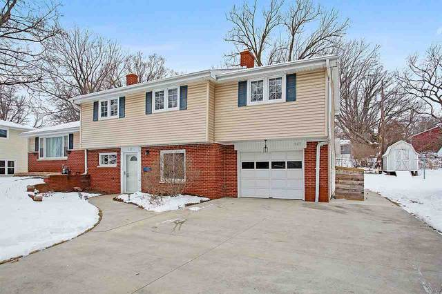 327 Tower View Drive, Green Bay, WI 54301 (#50234067) :: Dallaire Realty