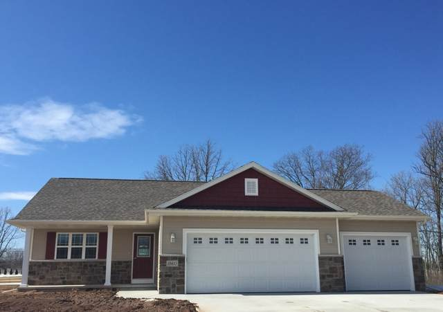 617 W 3RD Street, Shawano, WI 54166 (#50234289) :: Todd Wiese Homeselling System, Inc.