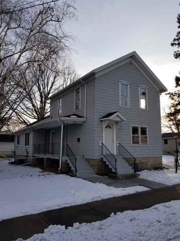 247 W 7TH Avenue, Oshkosh, WI 54902 (#50234401) :: Ben Bartolazzi Real Estate Inc