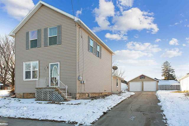 207 W Water Street, Brillion, WI 54110 (#50234547) :: Dallaire Realty