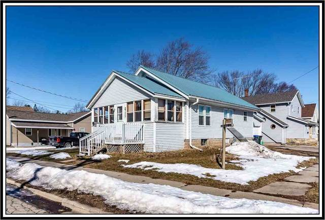 803 W North Water Street, New London, WI 54961 (#50234599) :: Symes Realty, LLC