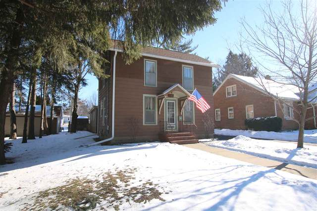 815 N Center Street, Beaver Dam, WI 53916 (#50234623) :: Town & Country Real Estate