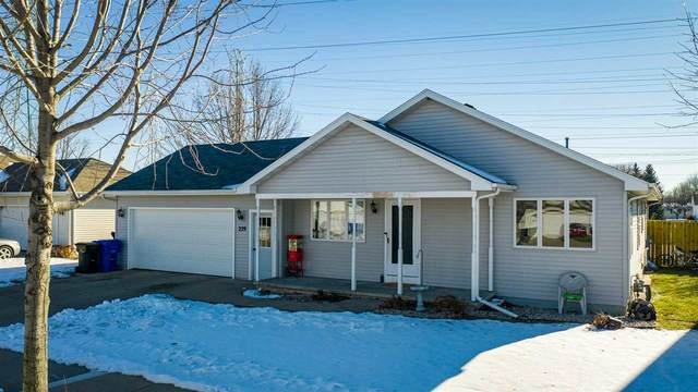 229 E Roeland Avenue, Appleton, WI 54915 (#50234705) :: Todd Wiese Homeselling System, Inc.