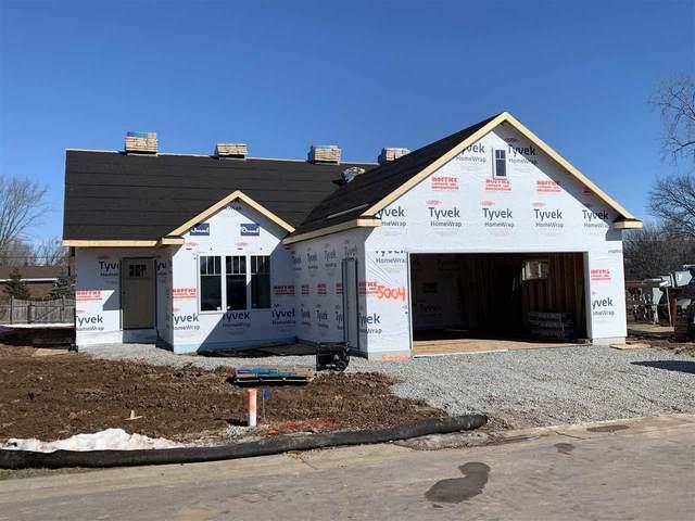 5004 W Boxwood Lane, Appleton, WI 54913 (#50235286) :: Todd Wiese Homeselling System, Inc.