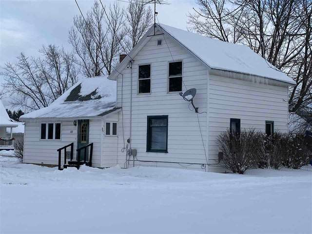 130 Euclid Avenue, Manawa, WI 54949 (#50235440) :: Town & Country Real Estate