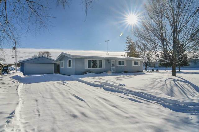 1414 N Rynders Street, Appleton, WI 54914 (#50235767) :: Town & Country Real Estate