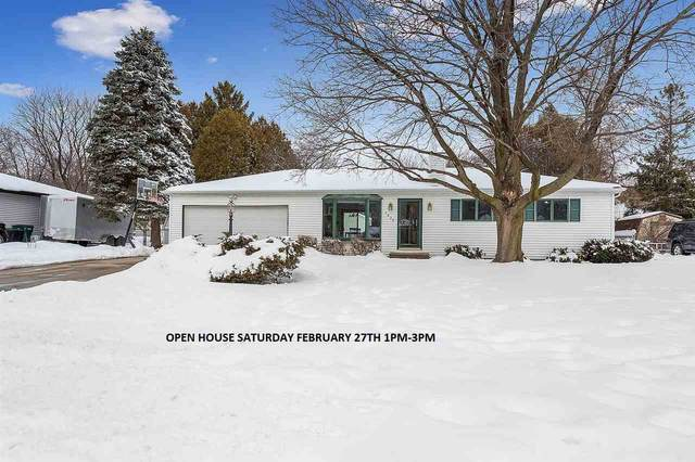 1836 Hazel Court, Green Bay, WI 54303 (#50235904) :: Todd Wiese Homeselling System, Inc.