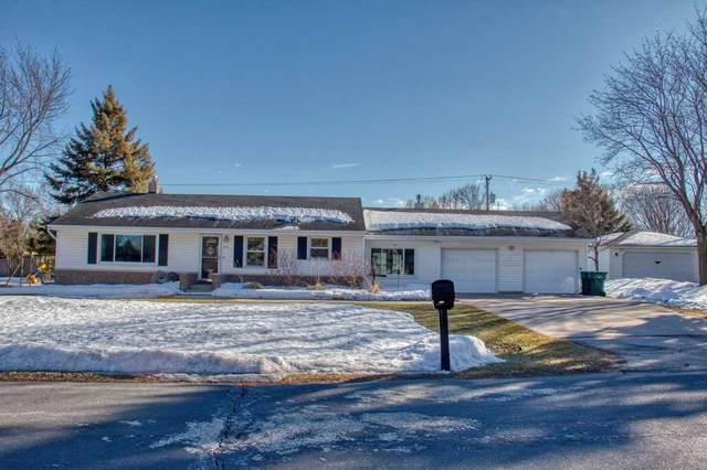 615 W Sunset Avenue, Appleton, WI 54911 (#50236079) :: Dallaire Realty