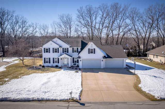 3141 Harbor Winds Drive, Suamico, WI 54173 (#50236140) :: Town & Country Real Estate