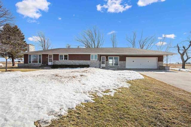 W2595 Schmidt Road, Brillion, WI 54110 (#50236186) :: Town & Country Real Estate