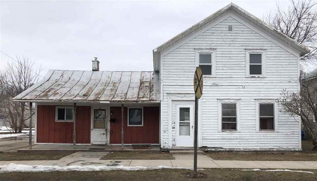 315 Pecor Street, Oconto, WI 54153 (#50236334) :: Todd Wiese Homeselling System, Inc.