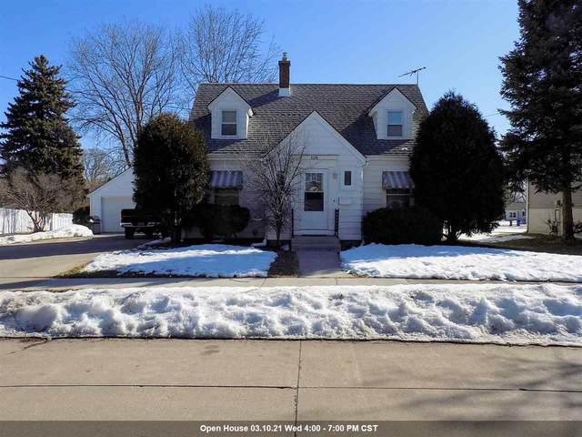 118 S Schaefer Street, Appleton, WI 54915 (#50236427) :: Todd Wiese Homeselling System, Inc.