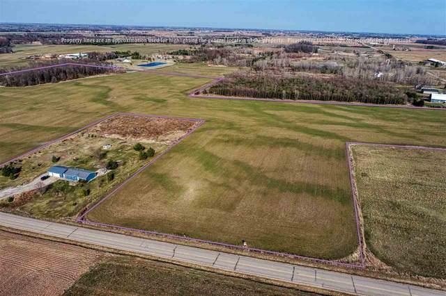 Hwy S, Pulaski, WI 54162 (#50236822) :: Carolyn Stark Real Estate Team