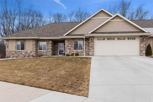 2332 Southern Cross Road, Green Bay, WI 54303 (#50236856) :: Ben Bartolazzi Real Estate Inc