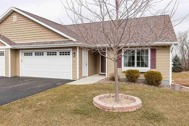 1981 Timberline Drive, Oshkosh, WI 54904 (#50236900) :: Symes Realty, LLC