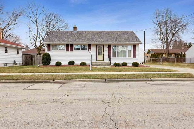 1340 S 24TH Street, Manitowoc, WI 54220 (#50237169) :: Town & Country Real Estate