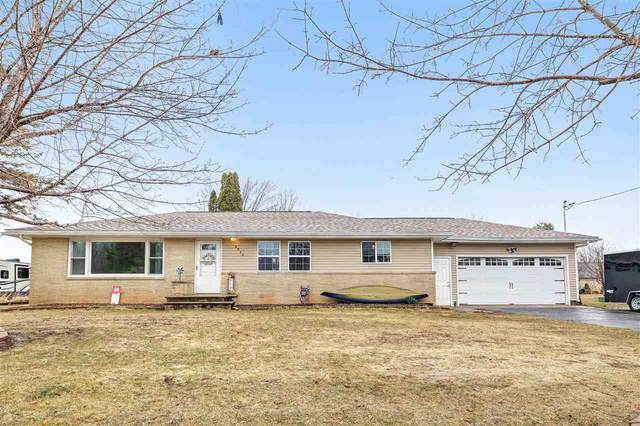 8946 S Chase Road, Pulaski, WI 54162 (#50237275) :: Dallaire Realty