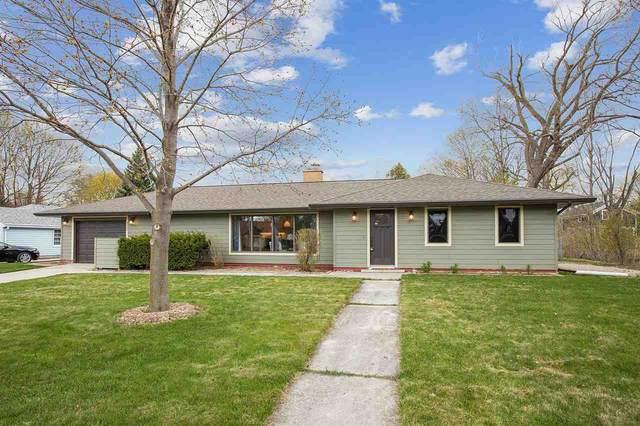 2232 Illinois Avenue, New Holstein, WI 53061 (#50237526) :: Ben Bartolazzi Real Estate Inc