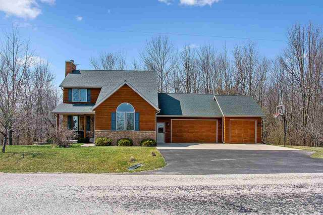 2724 Beech Road, Brillion, WI 54110 (#50237809) :: Symes Realty, LLC