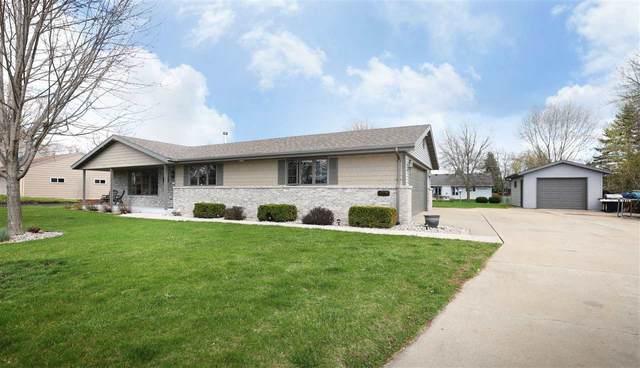 3324 Irene Street, Appleton, WI 54913 (#50238076) :: Todd Wiese Homeselling System, Inc.