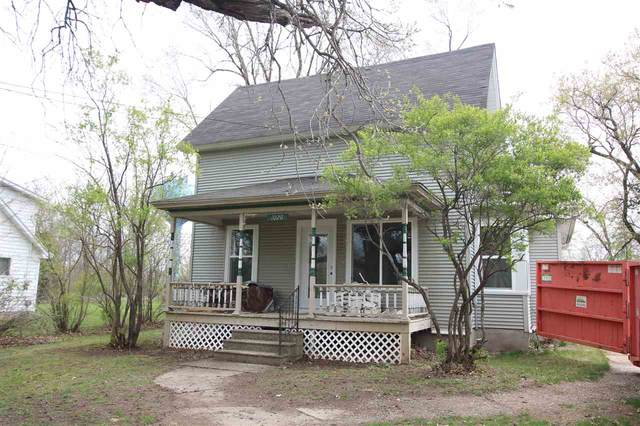 1020 S Webster Avenue, Omro, WI 54963 (#50238230) :: Carolyn Stark Real Estate Team