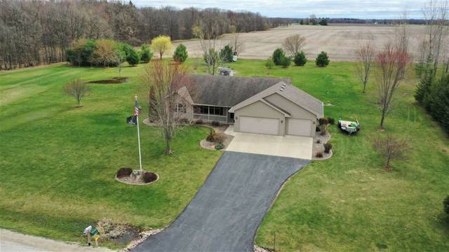 334 Falcon Circle, Pulaski, WI 54162 (#50238454) :: Carolyn Stark Real Estate Team