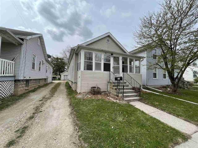 286 E 1ST Street, Fond Du Lac, WI 54934 (#50238638) :: Carolyn Stark Real Estate Team