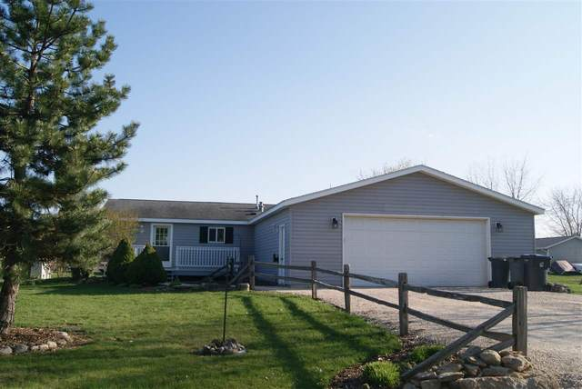 W2081 Stanelle Road, Brillion, WI 54110 (#50238899) :: Todd Wiese Homeselling System, Inc.