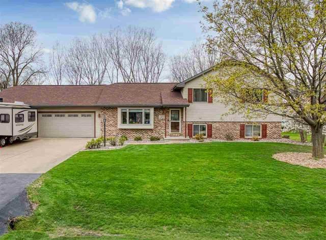 1819 Westbreeze Drive, Oshkosh, WI 54904 (#50239005) :: Ben Bartolazzi Real Estate Inc