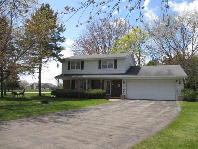 2021 N Mccarthy Road, Appleton, WI 54913 (#50239199) :: Todd Wiese Homeselling System, Inc.