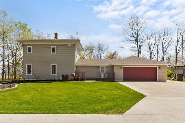 512 W Larrabee Street, Omro, WI 54963 (#50239350) :: Town & Country Real Estate