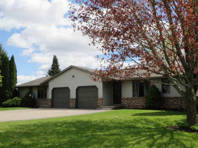 W6763 School Road, Greenville, WI 54942 (#50239460) :: Town & Country Real Estate